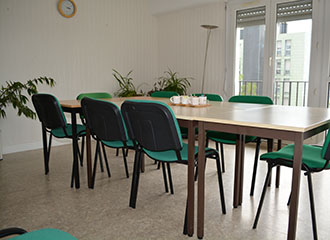 Nos offres d 39 emploi fondation lucy lebon site officiel accompagnement du handicap chez l - Employee de bureau offre d emploi ...